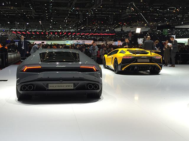 Lamborghini Huracan und Lamborghini Aventador SV