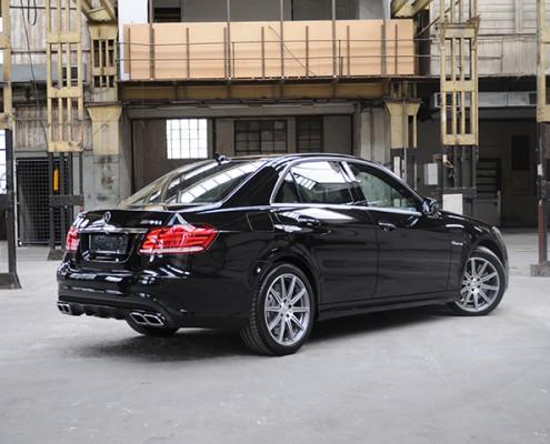 Mercedes-Benz E 63 AMG (Limousine) Bild 1